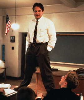 robin williams on desk
