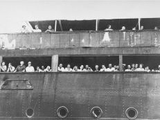 Jewish refugees on St louis turned away